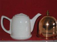 white-ceramic-old-dutch-style-tea-pot-with-copper_1_d39c36343647cc71905c08f2a8c787ce (1).jpg