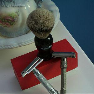 Mens Biz Brush