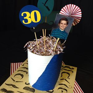 30thParty centerpiece