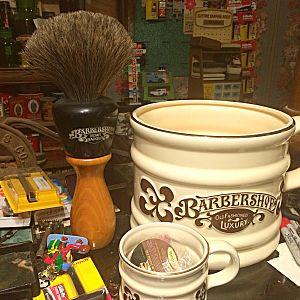 Big mug big brush